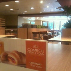 Photo taken at McDonald's by Diego C. on 7/23/2012