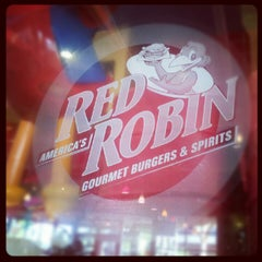 Photo taken at Red Robin Gourmet Burgers by Michael T. on 6/14/2012