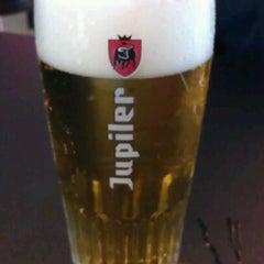 Photo taken at Jupiler Sports Bar by Pieter Q. on 2/12/2012