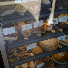 Photo taken at Putney Cakes and Pastries by Tengu T. on 2/22/2012