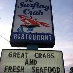 Photo taken at The Surfing Crab by Elle S. on 9/5/2011