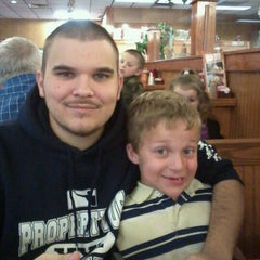 Photo taken at Sonny's BBQ by Jackie S. on 1/30/2012
