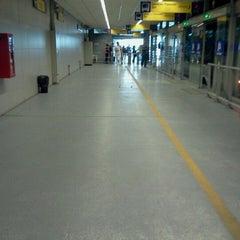 Photo taken at Estación 2 de Mayo - Metropolitano by Enver Ivan R. on 6/11/2012