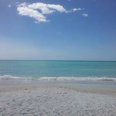 Photo taken at Ted Sperling Park at South Lido Beach by Angel R. on 3/13/2012