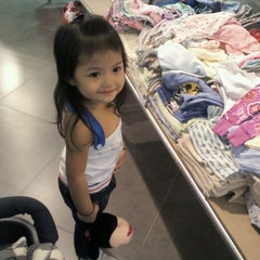 Photo taken at F.O.S (Factory Outlet Store) by Nicky's A. on 4/15/2012
