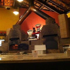 Photo taken at Ritto Pizza Bar by Gabriel d. on 11/19/2011