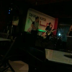 Photo taken at D'Lounge Cafe & Resto by Andrian .. on 5/17/2012
