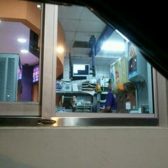 Photo taken at Taco Bell by Adrian G. on 11/3/2011