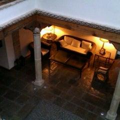 Photo taken at Puerta De La Luna Hotel Baeza by Hugo R. on 1/15/2012