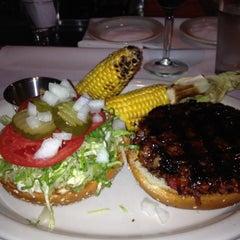Photo taken at Houston's by TishAroundTown on 8/12/2012