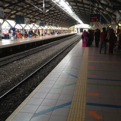 Photo taken at KTM Line - Mid Valley Station (KB01) by Koyok J. on 7/4/2012