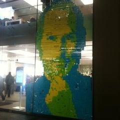 Das Foto wurde bei Apple Store von Jutta Juliane M. am 10/17/2011 aufgenommen
