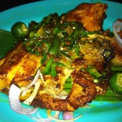 Photo taken at Kuchai Lama Food Court by Jayden L. on 8/5/2012