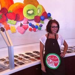 Photo taken at Lulu's Frozen Yogurt by Lindsey L. on 7/29/2011