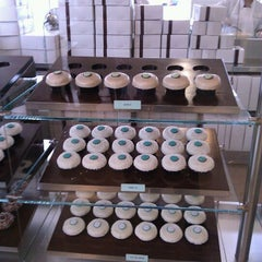 Photo taken at Crave Cupcakes by Lexi Soffer on 1/31/2012