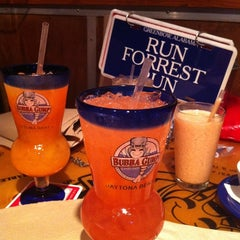 Photo taken at Bubba Gump Shrimp Co. by Alison V. on 6/17/2011