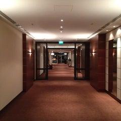 Das Foto wurde bei The Westin Grand München von Patrick am 8/19/2012 aufgenommen