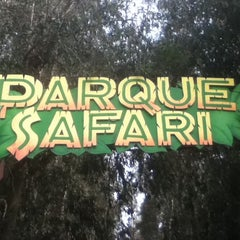 Photo taken at Parque Safari by Daniel on 10/10/2011