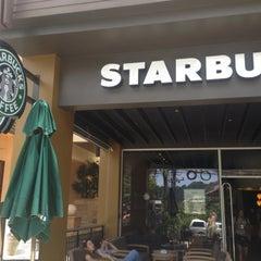 Photo taken at Starbucks (สตาร์บัคส์) by Amorn D. on 4/27/2012