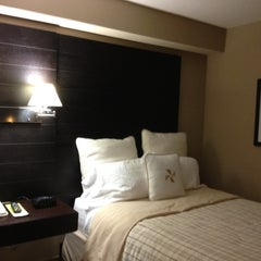 Photo taken at Four Points by Sheraton Mississauga Meadowvale by Jenn H. on 7/6/2012