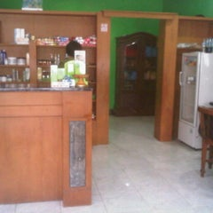 Photo taken at Paras Ayu Salon & Spa by Dee J. on 1/7/2012