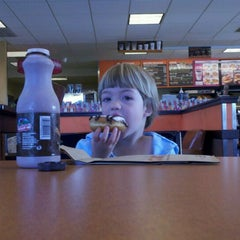 Photo taken at Dunkin' Donuts by Ambra H. on 5/1/2012