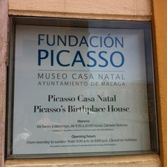 Photo taken at Fundación Picasso - Museo Casa Natal by Abel H. on 5/28/2012
