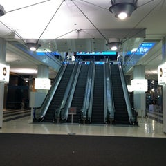 Photo taken at Ogilvie Transportation Center by Suzanne B. on 7/20/2012