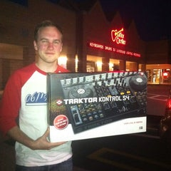 Photo taken at Guitar Center by Andy S. on 5/13/2012