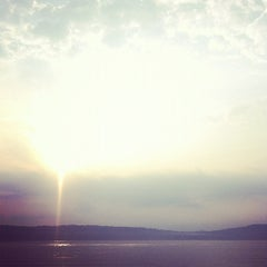 Photo taken at Dobbs Ferry Waterfront Park by Rebecca B. on 5/26/2012