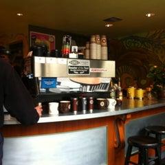 Photo taken at Cherry Street Coffee House by Kenni K. on 6/17/2011