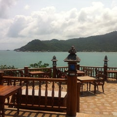 Photo taken at Santhiya Resort And Spa Koh Phangan by Marikken H. on 2/15/2012