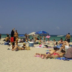 Photo taken at Loews Miami Beach Hotel by Abraham C. on 7/27/2012