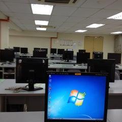 Photo taken at Kolej Komuniti Pasir Gudang by Mohd N. on 7/3/2012