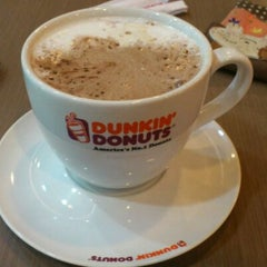 Photo taken at Dunkin Donuts by Gani P. on 1/1/2012