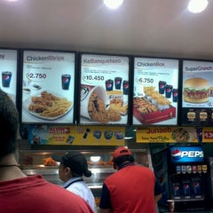Photo taken at KFC - Kentucky Fried Chicken by Jaime M. on 5/27/2012