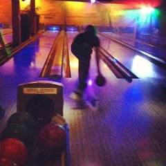 Photo taken at BOWLERO by Lotterliebe on 5/17/2012