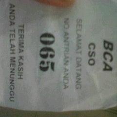 Photo taken at Bank BCA by Arwinda A. on 1/18/2012