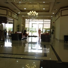 Photo taken at Acacia Hotel by Ammar on 5/11/2012