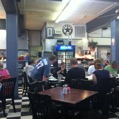 Photo taken at Mi Abuelita's Mexican Restaurant by Jason F. on 6/8/2012