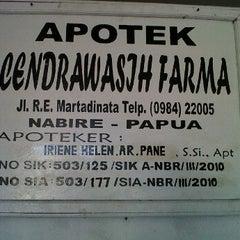 Photo taken at Apotik Cendrawasih Farma by Herman S. on 11/14/2011