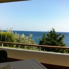Photo taken at Ναυτικός Όμιλος Ελλάδος (Yacht Club of Greece) by Theodore K. on 7/31/2012