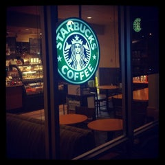 Photo taken at Starbucks by Xanthus S. on 4/9/2012