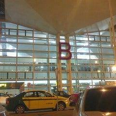 Photo taken at Aeroporto Internacional de Maputo by Dario V. on 7/19/2012