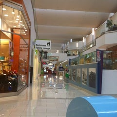 Photo taken at Westfield Fashion Square by Geb I. on 3/6/2012