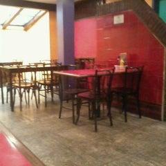 Photo taken at Companhia das Pizzas by Carlos P. on 11/29/2011