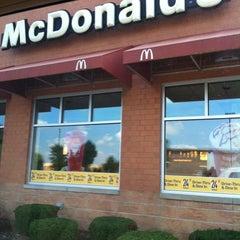 Photo taken at McDonald's by De'Mon W. on 9/3/2012