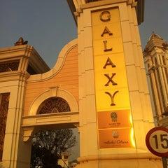 Photo taken at Galaxy Macau 澳門銀河渡假綜合城 by Kenny C. on 10/18/2011