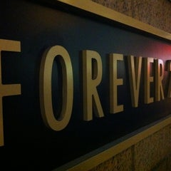 Photo taken at Forever 21 by Victorio G. on 1/17/2012