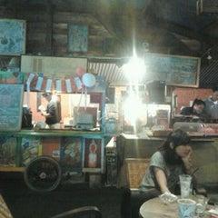 Photo taken at Djendelo Koffie by Aditya F. on 8/19/2011